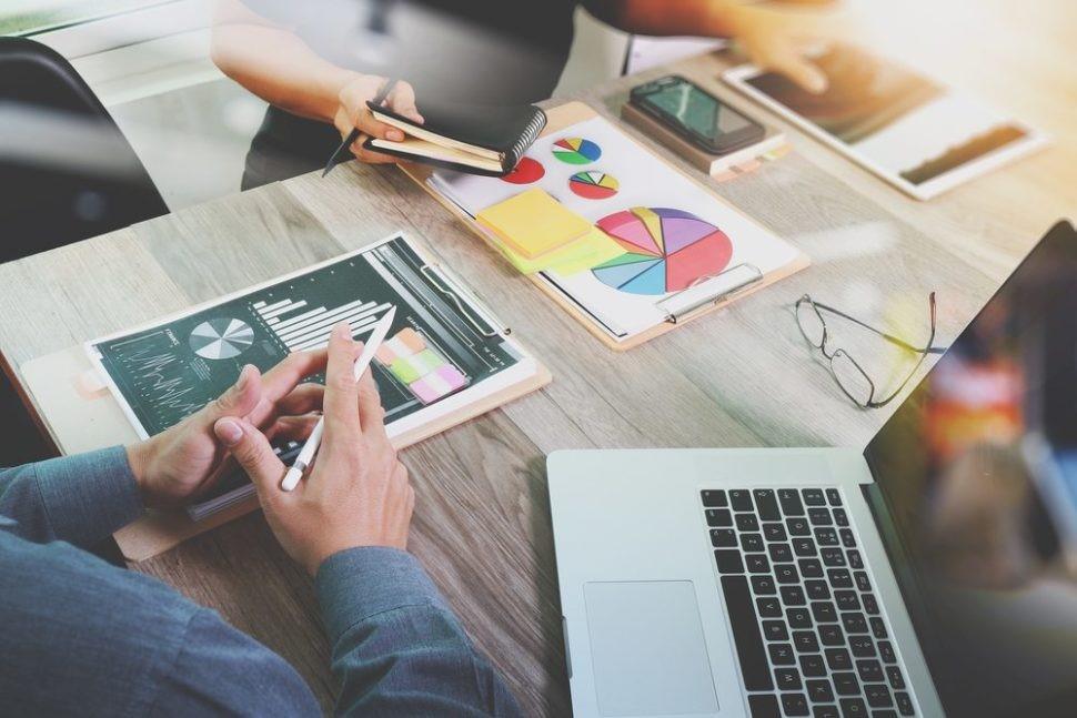 تاثیر دیجیتال مارکتینگ بر رشد کسب و کار